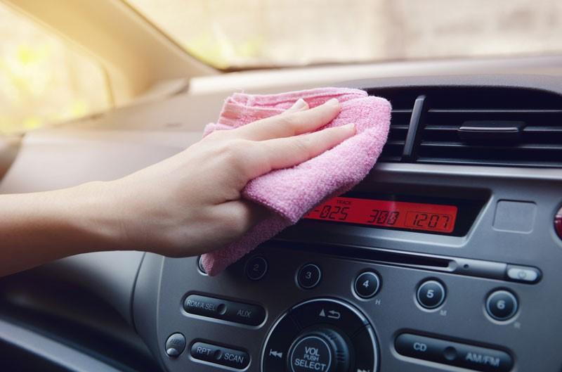 การทำความสะอาดรถ